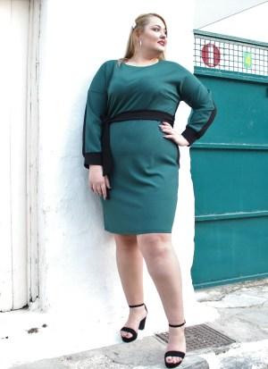Φόρεμα μεγάλα μεγέθη ίσια γραμμή κυπαρισσί κρεπ με ζωνάκι