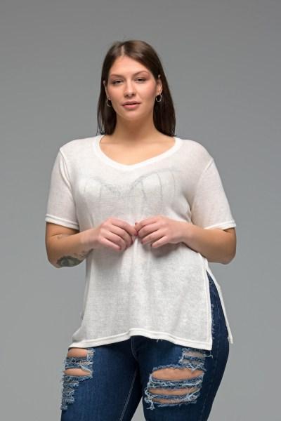 Μπλούζα ψιλό πλεκτό εκρού με V λαιμό
