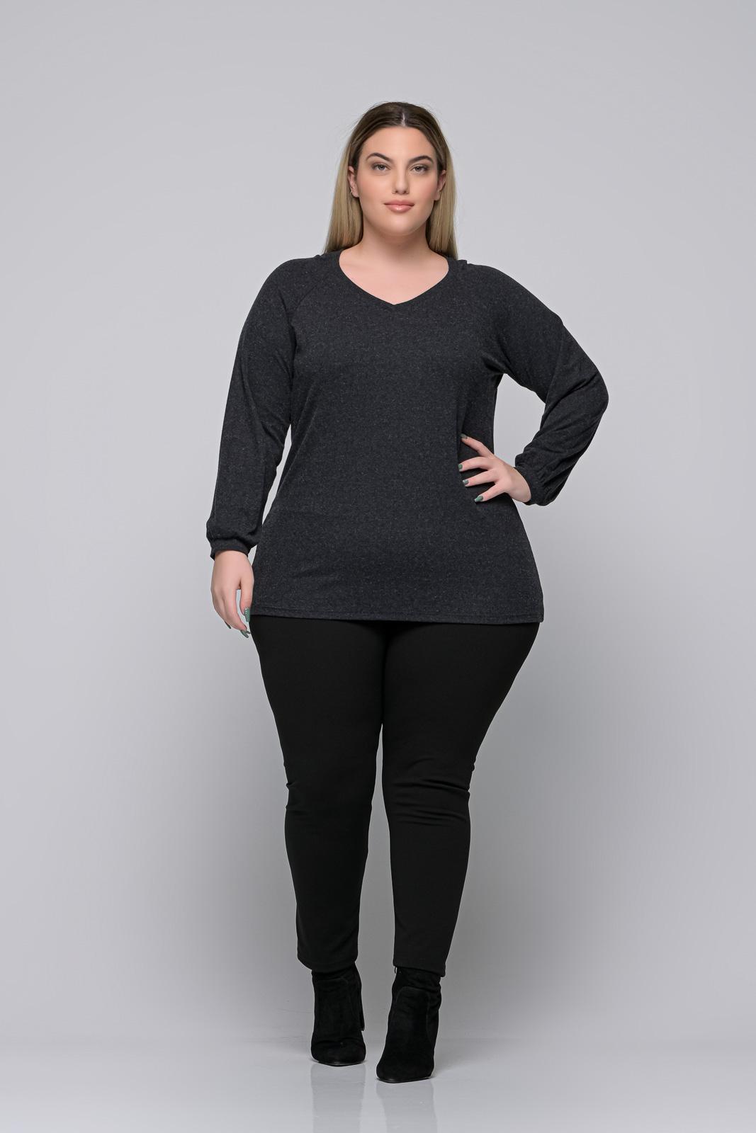 Μπλούζα μεγάλα μεγέθη +Psx γκρι ελαστική βισκόζ. Στο eshop μας θα βρείτε οικονομικά γυναίκεια ρούχα σε μεγάλα μεγέθη και υπερμεγέθη.