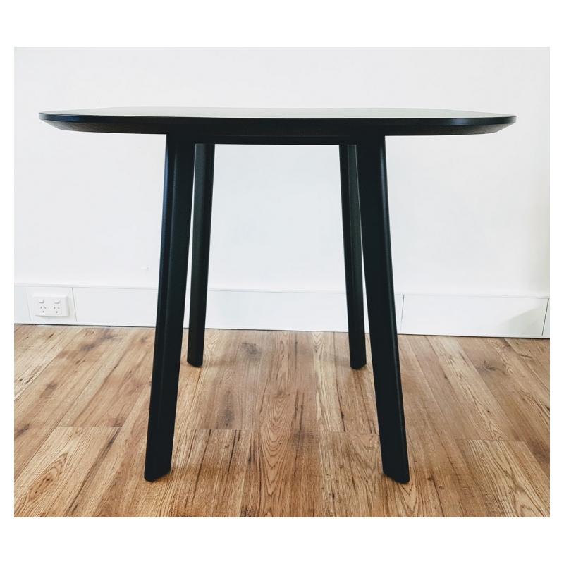 YR Table_Black