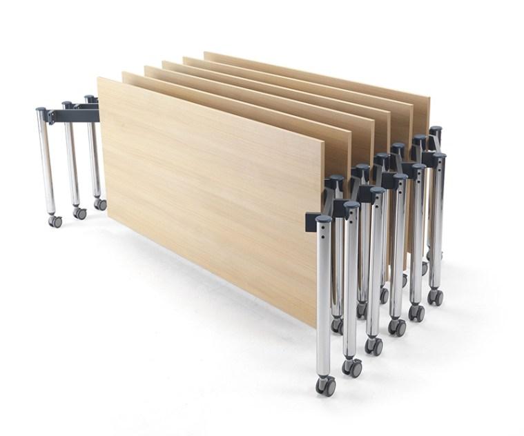 Kite Table by Muzo