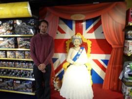 Martin tar dronningbesøket høytidelig.