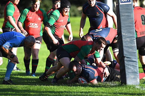Services score the only try in their match with Tamar Saracens (picture by Mark Andrews)