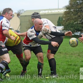 RUGBY REPORTS: Services win again but more disappointment for Ivybridge