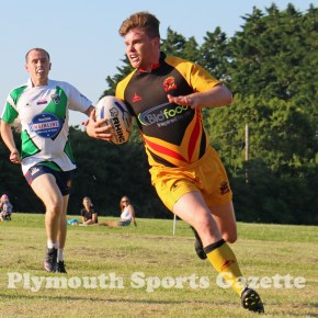 GALLERY: Late Keen hat-trick is not enough for Saltash Essayons