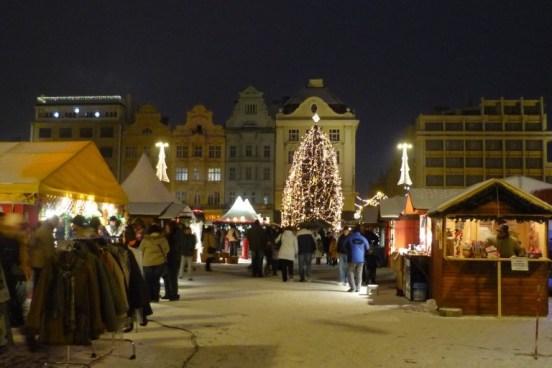 vánoční stromek vplzni 2017