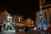 Vánoční strom na náměstí Republiky v roce 2017