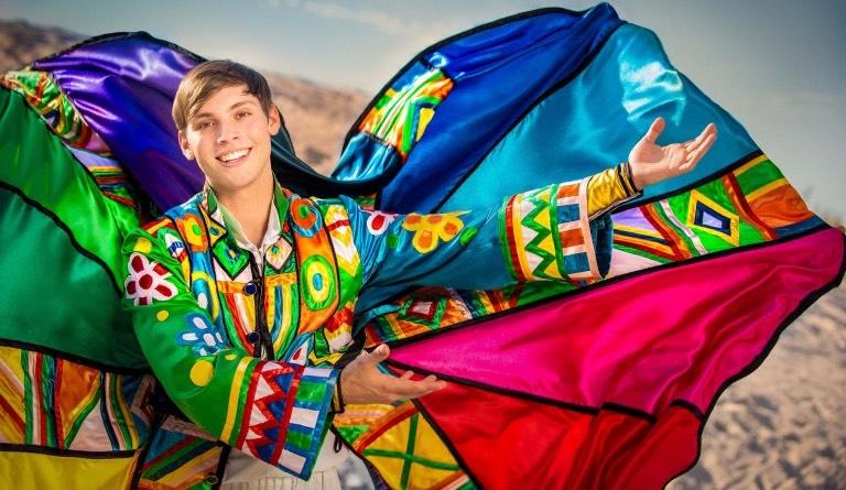 Josef a jeho úžasný pestrobarevný plášť