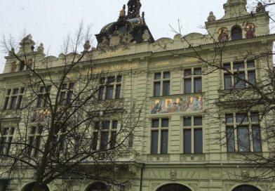 VMěšťanské besedě se bude číst a povídat o událostech komunistické éry.Atmosféru doby navodí tematické filmy
