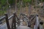K altánu vedou schody