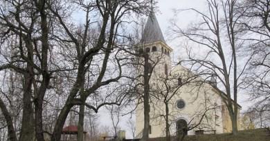 Křížový vrch u Plzně. Místo několikrát poničené a znovu obnovené jako energetický dobíječ i domov zlých sil