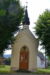 Kaplička v Litohlavech