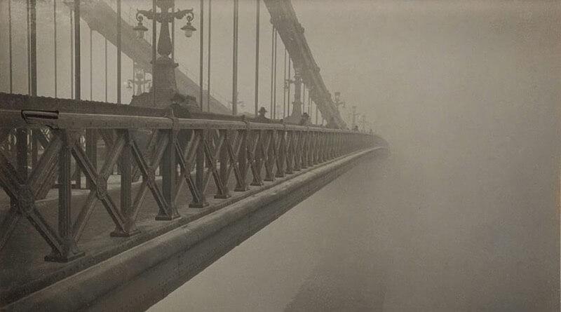 Imre Kinszki - Most a mlha