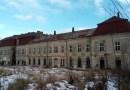 Zámek ve Velkých Dvorcích jako sídlo filmových ateliérů, lazaret i plánovaná ubytovna pro Hitlerjugend