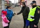 Na rušné křižovatce na Borech proběhla preventivní akce pro chodce