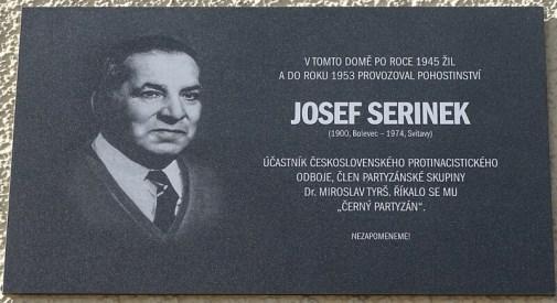 Pamětní deska Josefu Serinkovi