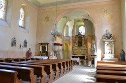 Interiér kostela sv. Petra a Pavla