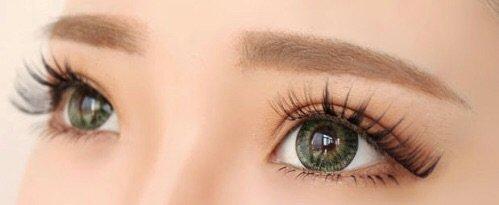 Korean straight eyebrow tutorial•   Korean Beauty Amino