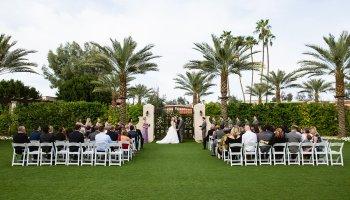 Wedding ceremony at The Scottsdale Resort at McCormick Ranch by Arizona wedding photographer PMA Photography.
