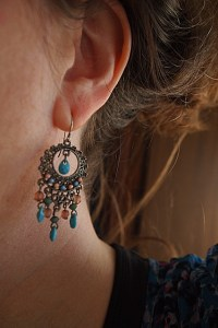 earrings-962484_640