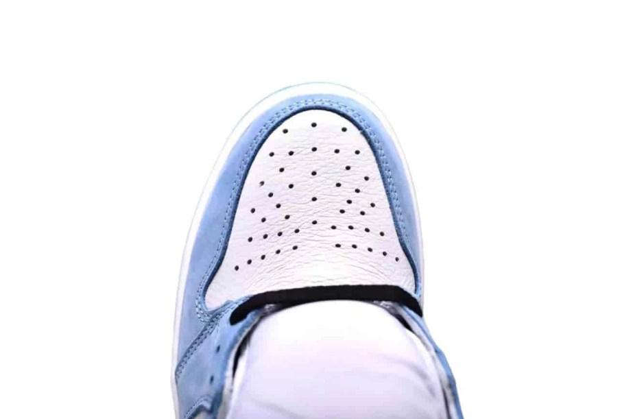 Jordan 1 Retro High White University Blue Black (4)