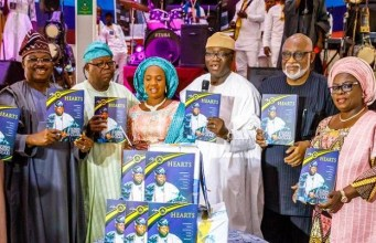 L-R: Oyo State Governor, Senator Abiola Ajimobi; Celebrator/Publicity Secretary, All Progressives Congress (Southwest), Mr. Ayo Afolabi; his Wife, Abosede; Minister of Mines and Steel Development, Dr. Kayode Fayemi; Ondo State Governor, Mr. Rotimi Akeredolu; and Ogun State Deputy Governor, Mrs. Yetunde Onanuga, during a lecture to mark the 70th birthday of Afolabi, organised by committee of friends, in Ibadan...