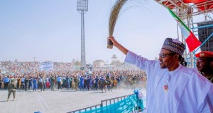 President Muhammadu Buhari...in Bauchi...acknowledges his people...