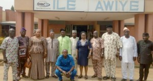 Alliance of Collaborating Political Parties (ACPP) members...during a visit to Ile Awiye in Osogbo...