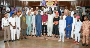 Speaker, Hon. Olagunju Ojo (7th from left), Hon. Akeem Ige and Hon. Fatai Adesina in a group photograph with the newly inaugurated Parliamentarians at the House of Chiefs…