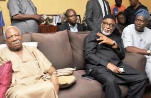 L-R: Afenifere Leader, Chief Reuben Fasoranti; Ondo State Governor, Mr Rotimi Akeredolu and Oyo State Governor, Mr Seyi Makinde during the visit…