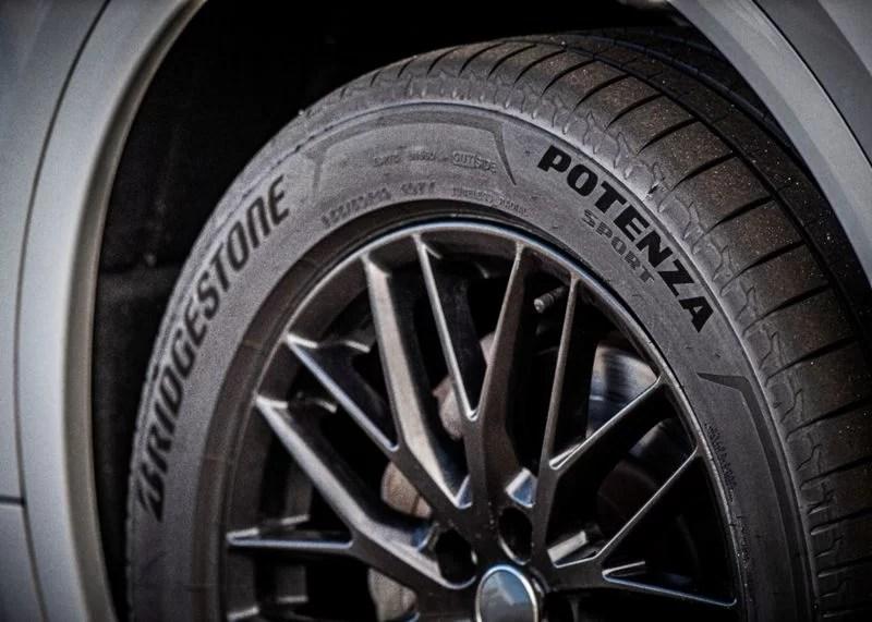 Bridgestone_Potenza_Sport- (1)