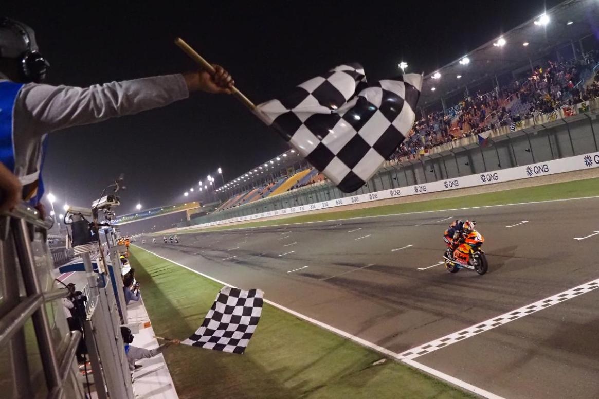 16458-dcp-qatar20-moto2-action-copy.gallery-full-top-lg-2