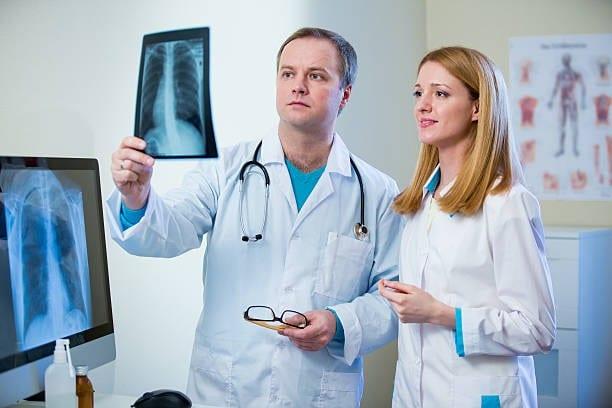 Пневмония у детей от бронхита до беды в паре шагов