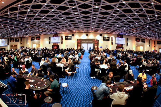 Over 300 Players on Day 1b of the partypoker Caribbean Poker Party Main Event
