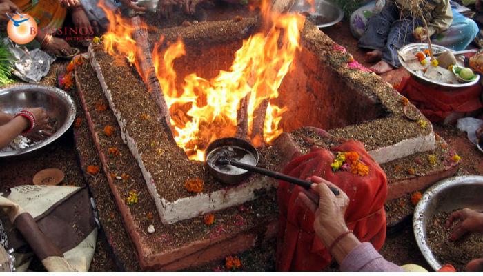 तीनखोले देवी मन्दिरमा सञ्चालन भएको महायज्ञमा रु ६४ लाख सङ्कलन