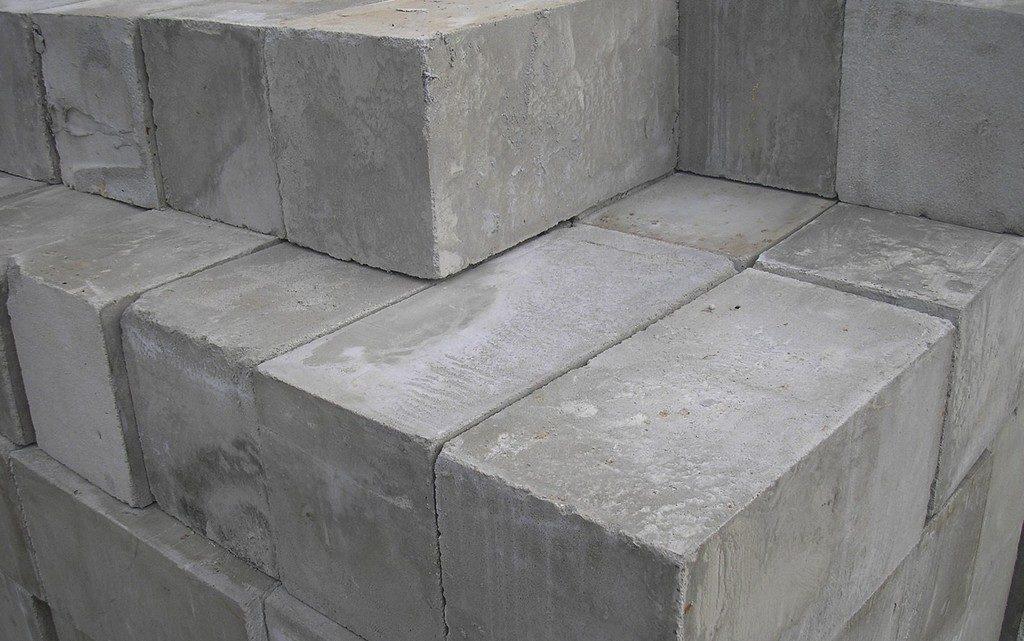 Foam concrete blocks