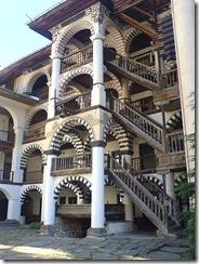 450px-Rila_monastery_2-_bulgaria