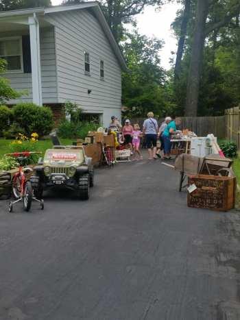 САЩ, градинска разпродажба, забавление, базар, екскурзия, почивка, туризъм, пътепис, Мериленд, yard sales