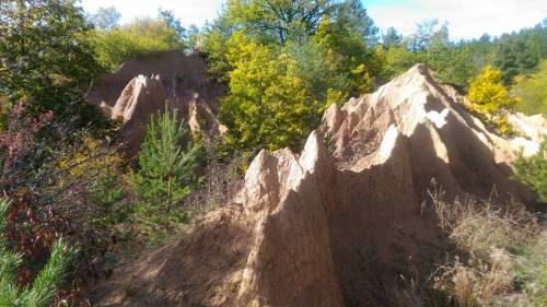 пясъчни пирамиди село Банище