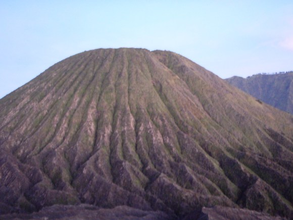 Bromo Volcano in Java - sunrise hike