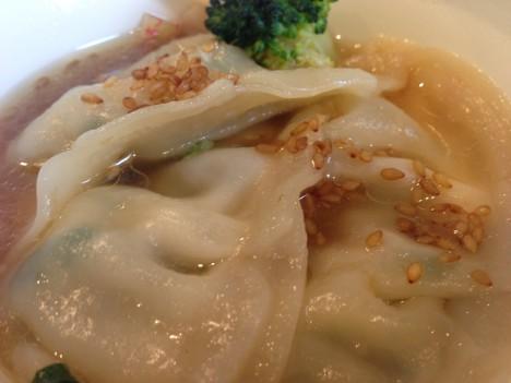 生姜香る!自家製餃子の中華スープ