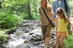 Cool Fun Family Hiking in the poconos lehigh gorge