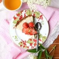 Kokosowa tarta z truskawkami (bez glutenu i laktozy)