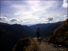 Widok ze szlaku graniowego między Przełęczą pod Kopą Kondracką a Kasprowym Wierchem - październik 2012