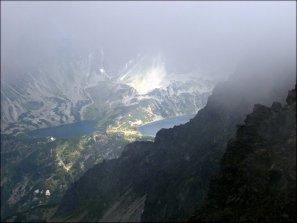 Skrajny Granat (2225 m n.p.m.) - spojrzenie do Doliny Pięciu Stawów Polskich - 23 lipca 2013