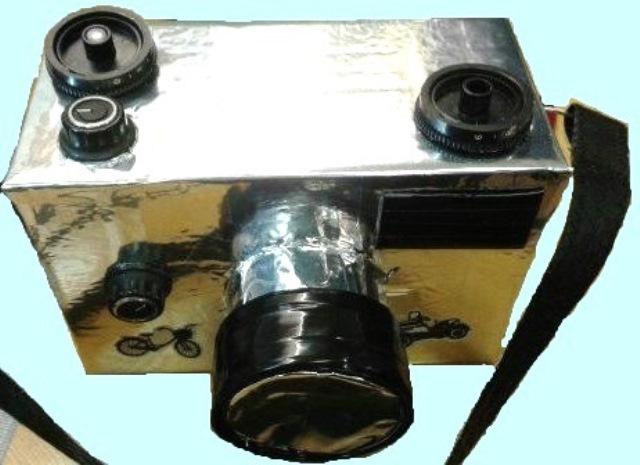 Бутафорский фотоаппарат для спектакля.