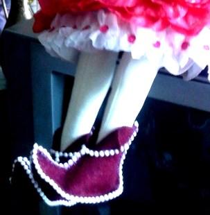 Текстильные туфельки для куклы.