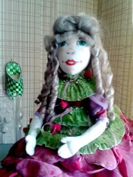 Платье для текстильной куклы Пион