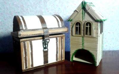 Создание шкатулок из картона и деревянных палочек.