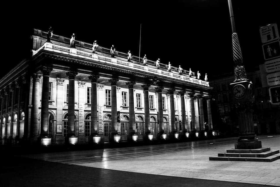 Opéra de Bordeaux, instrument à discorde